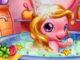 Bebek Pony Banyoda